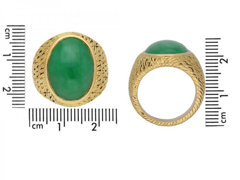 Vintage jade ring by George Lenfant berganza hatton garden