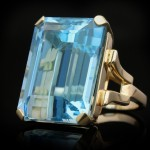 Vintage aquamarine cocktail ring, circa 1940.