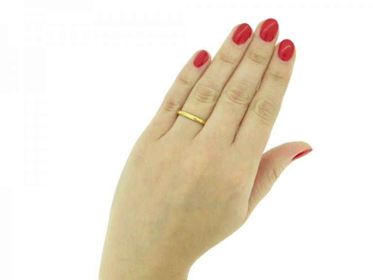 22ct yellow gold wedding band berganza hatton garden