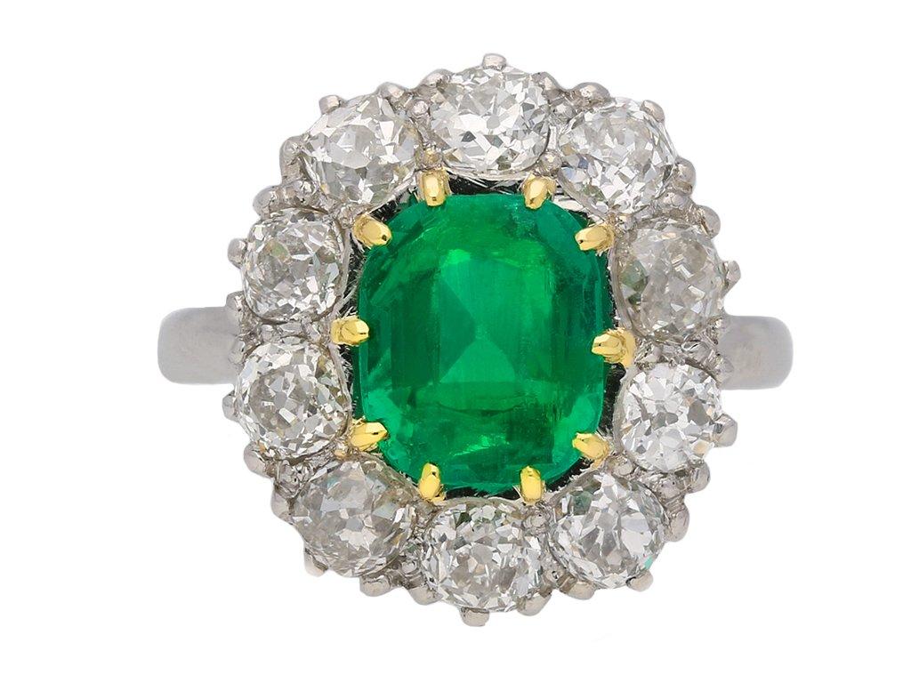 Vintage Colombian emerald cluster ring berganza hatton garden