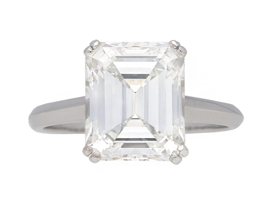 Emerald cut diamond solitaire diamond ring berganza hatton garden