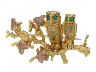 gold owl brooch by Alabaster & Wilson berganza hatton garden