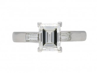 Art Deco flanked solitaire engagement ring berganza hatton garden