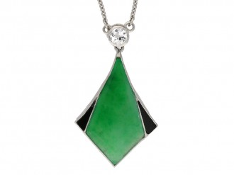 Art Deco jade and onyx pendant berganza hatton garden