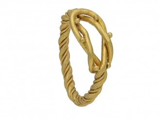 Viking gold Hercules knot ring berganza hatton garden