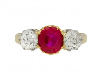 Belle Époque ruby diamond three stone ring berganza hatton garden