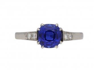 Ceylon sapphire solitaire engagement ring berganza hatton garden