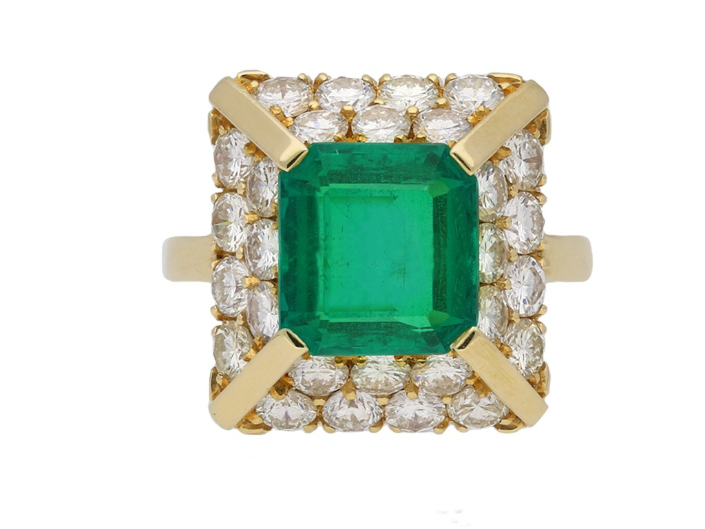 Vintage Colombian emerald and diamond ring berganza hatton garden