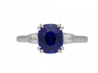 Royal Blue Kashmir sapphire diamond ring berganza hatton garden