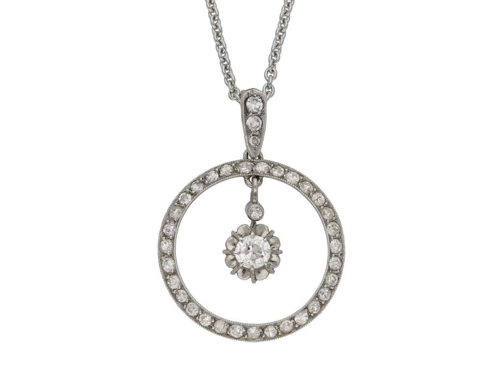 Belle Époque diamond circle pendant berganza hatton garden