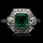 Art Deco Colombian emerald and diamond cluster ring, circa 1925.
