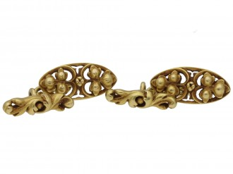 Gothic revival gold cufflinks by Wièse berganza hatton gardenGothic revival gold cufflinks by Wièse berganza hatton garden
