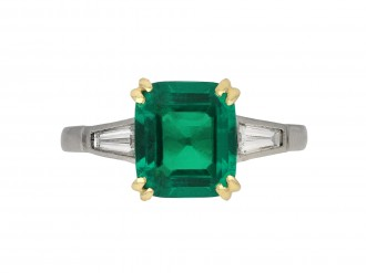 Colombian emerald diamond solitaire ring berganza hatton garden