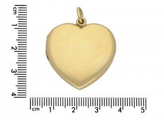 Victorian heart shape locket berganza hatton garden