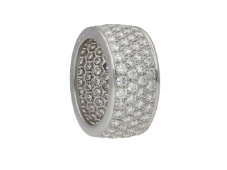 Oscar Heyman diamond eternity ring. berganza hatton garden