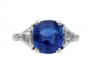 Vintage Ceylon sapphire and diamond ring Hatton garden