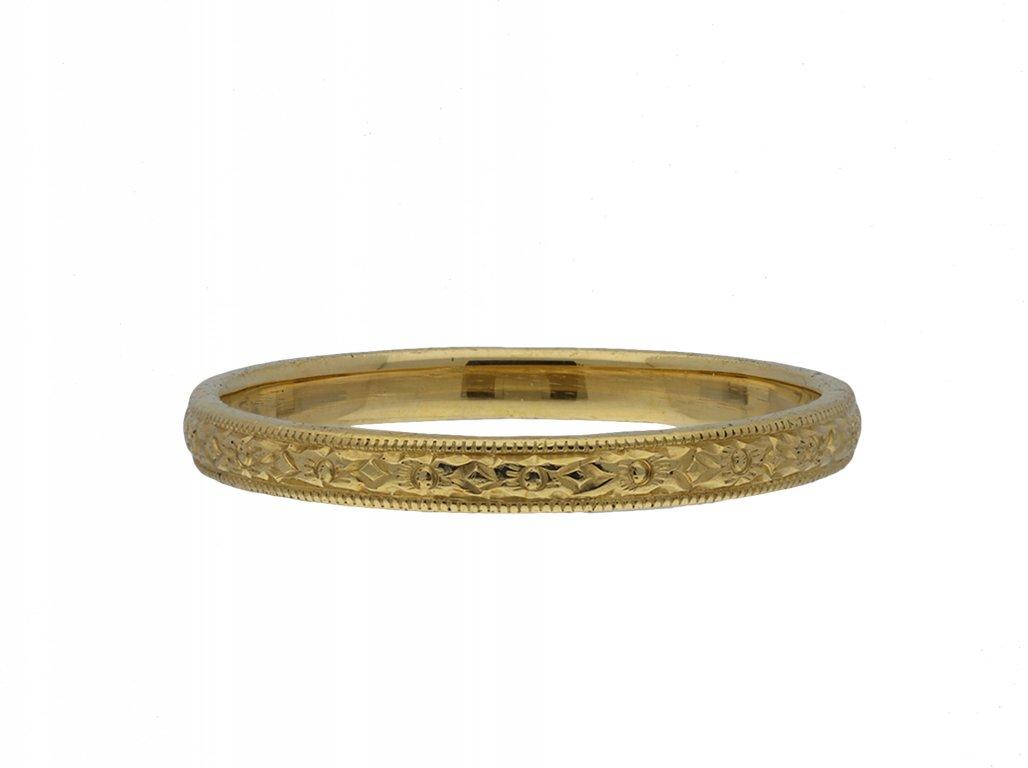 Antique engraved yellow gold wedding band hatton garden