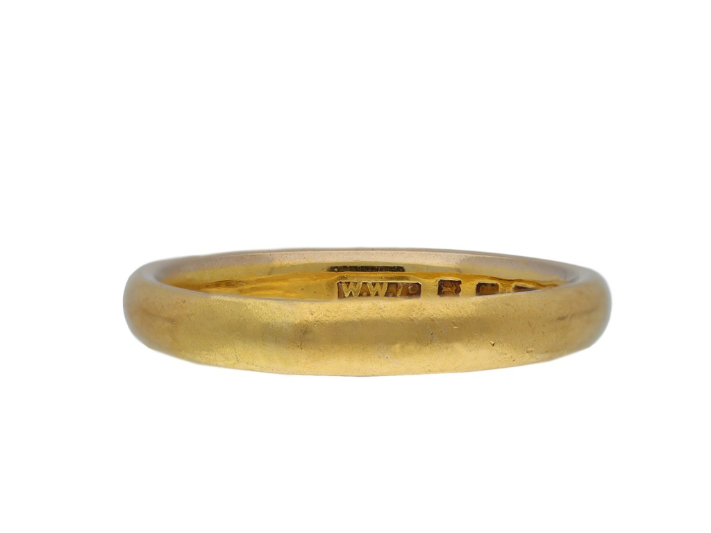 22 carat yellow gold wedding band hatton garden