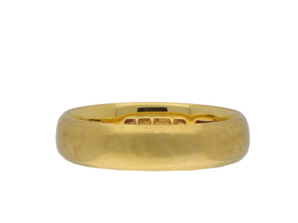 Yellow gold wedding band hatton garden