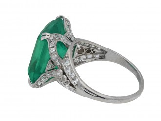 Setting detail of Colombian emerald and diamond ring