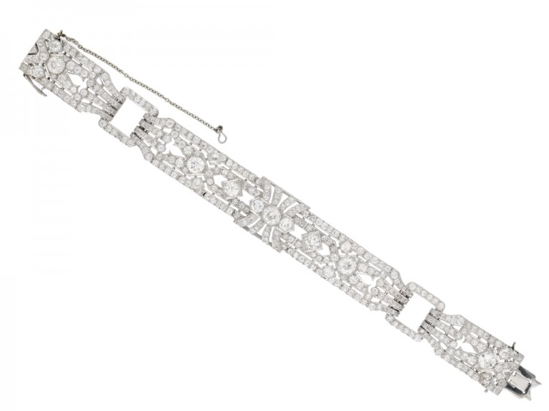 Exceptional diamond bracelet in platinum berganza hatton garden