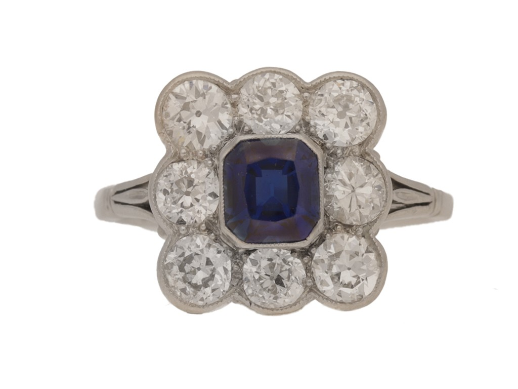 front view Sapphire and diamond cluster ring in platinum, circa 1920.