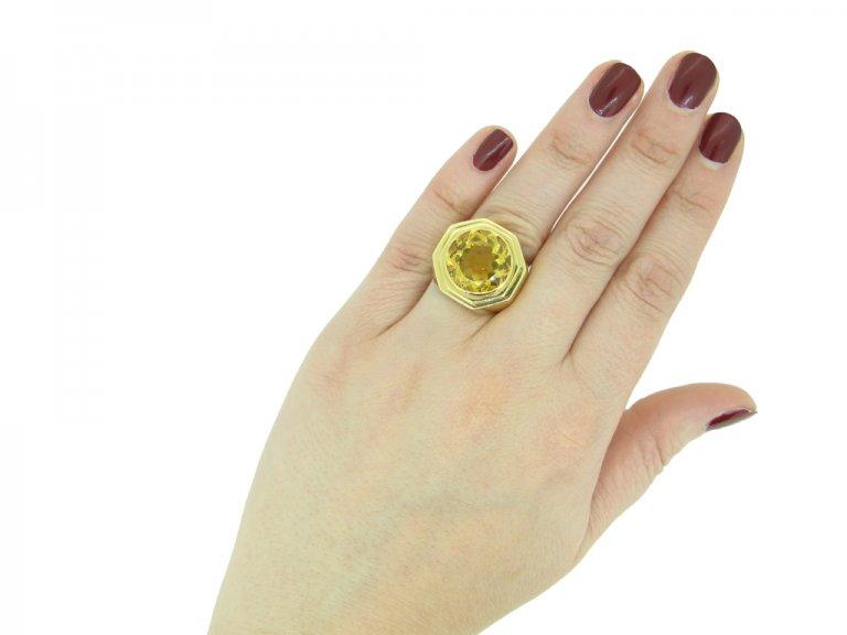 Fred of Paris solitaire citrine ring berganza hatton garden