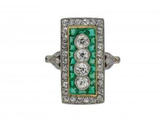 Edwardian diamond and emerald cluster ring berganza hatton garden