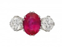 Natural Burmese ruby and diamond ring berganza hatton garden
