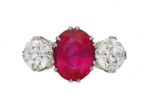 Natural Burmese ruby and diamond ring berganza hatton garden