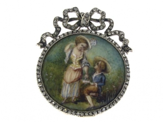 front-view-Antique miniature and rose diamond brooch, French circa 1800.