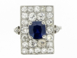 front-view-Art-Deco sapphire and diamond ring.