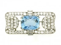 front view Aquamarine and diamond brooch,
