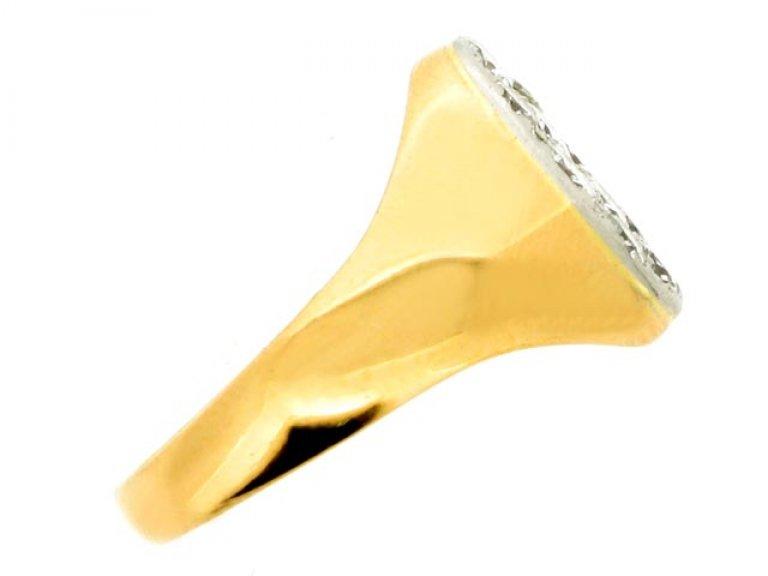 side view Pavé set diamond ring, circa 1945.