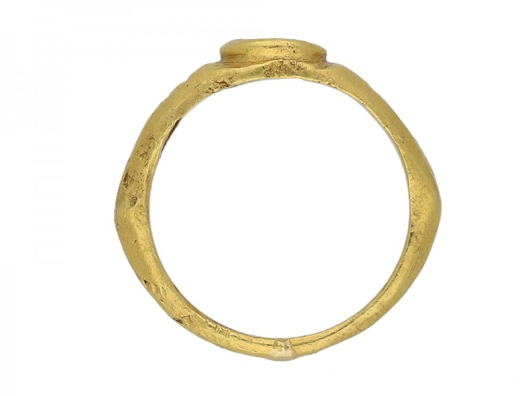 back view Ancient Roman gold ring hatton garden berganza