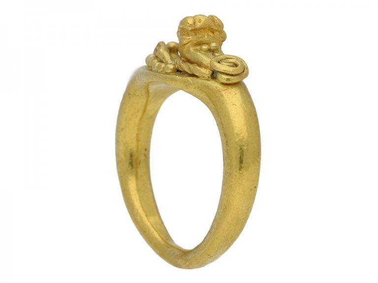 ancient lion ring berganza hatton garden