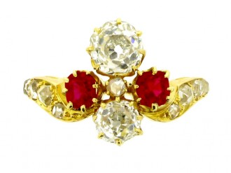 front view Art Nouveau ruby and diamond ring, circa 1895.