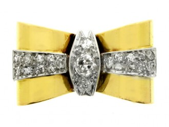 front view Diamond Bow cocktail ring, circa 1940.