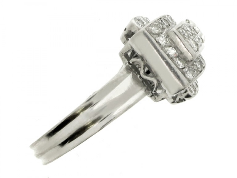 side view Diamond cocktail ring, circa 1940.