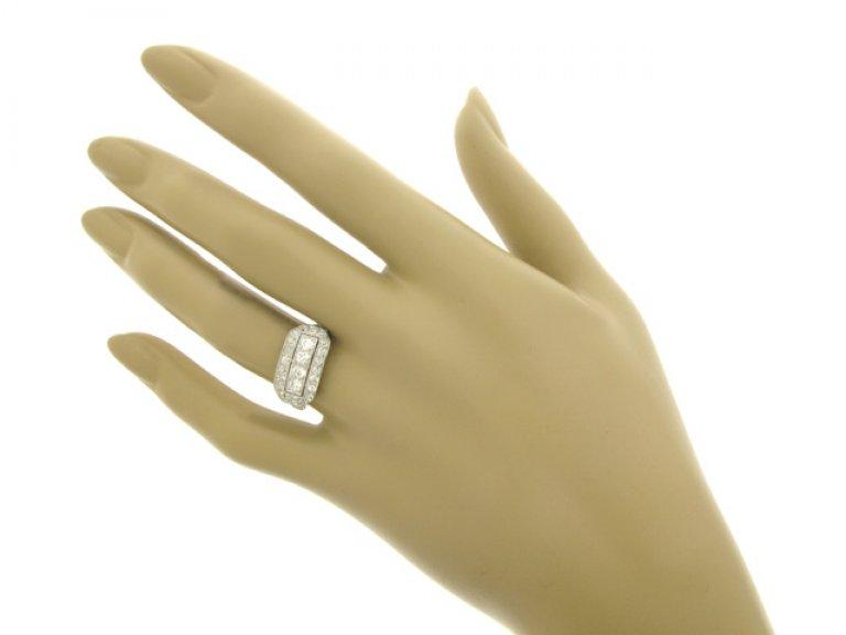 hand veiw Kohn diamond cluster ring, American, circa 1915.