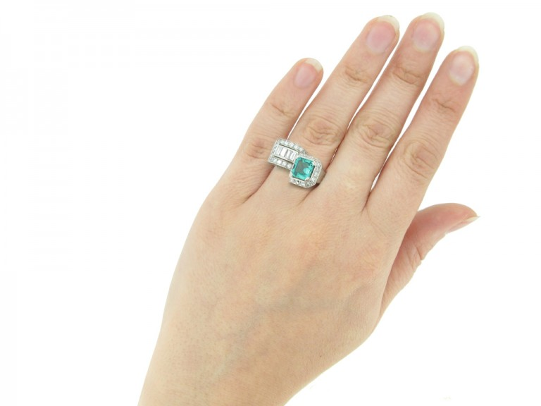 hand view art deco emerald diamond ring berganza hatton garden