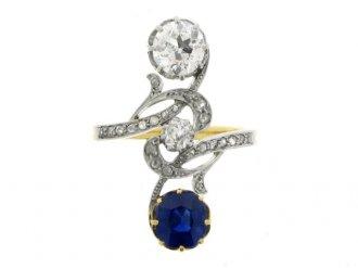 front view Art Nouveau sapphire and diamond ring, circa 1900.