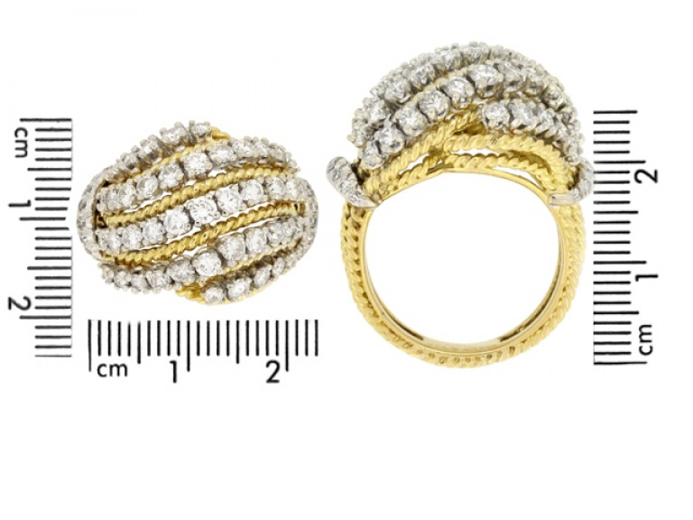size view Diamond cocktail ring by Van Cleef & Arpels