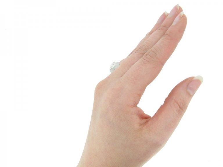 hand view vintage diamond engagement ring hatton garden berganza