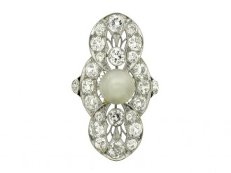 front view Belle Époque pearl and diamond ring, circa 1905.