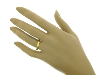 Gold posy ring, 'The love is true IOU', 18th century.