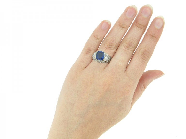 hand voew antique Sapphire diamond ring berganza hatton garden