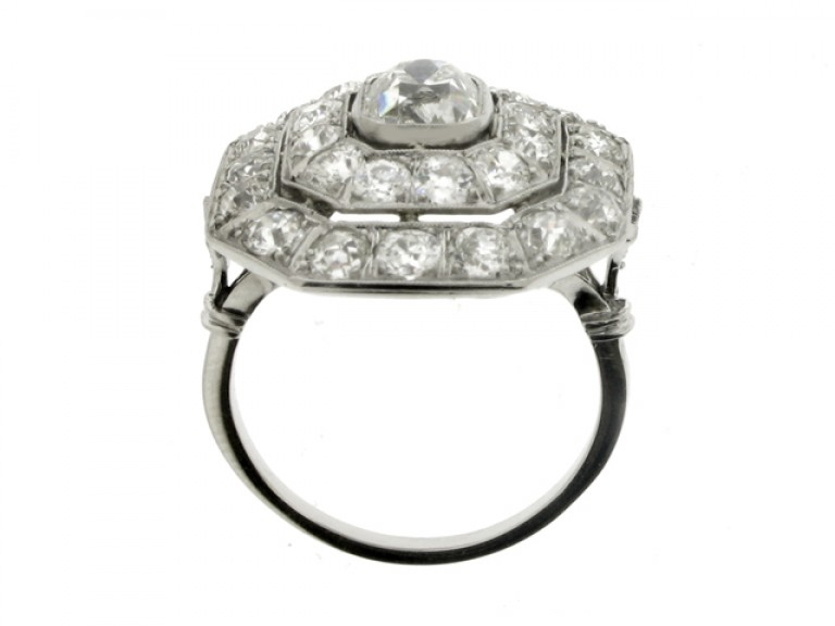 Art Deco diamond cluster ring, circa 1935.