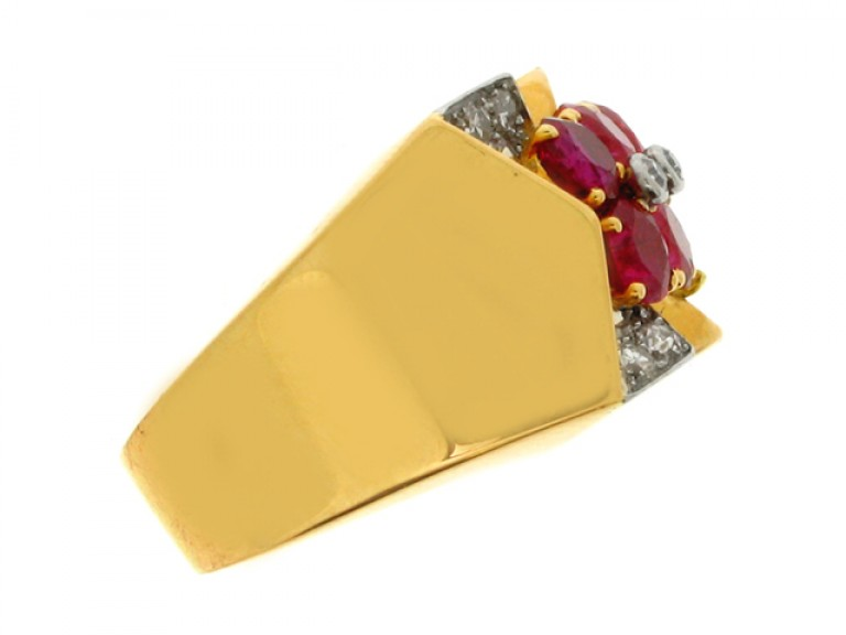 side view Boucheron Paris ruby and diamond cocktail ring, France, circa 1945.