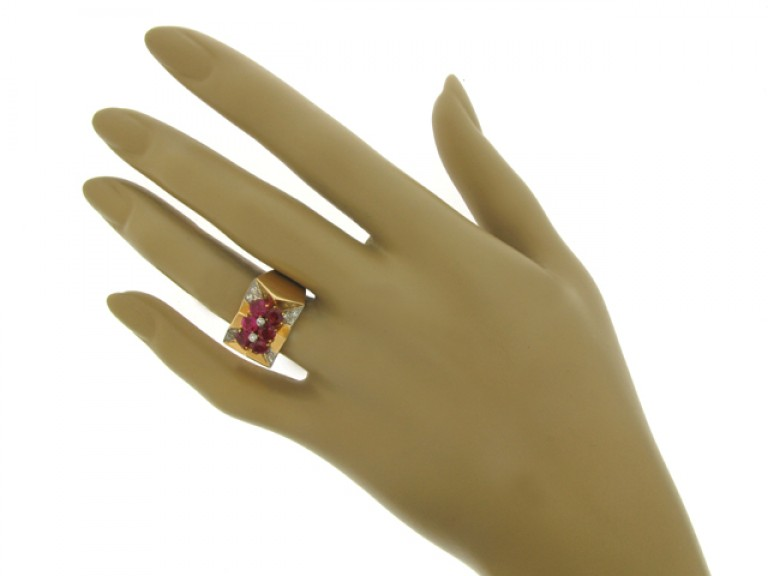 hand veiw Boucheron Paris ruby and diamond cocktail ring, France, circa 1945.